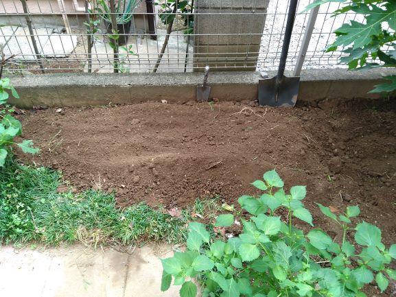畑の山づくり作業完了