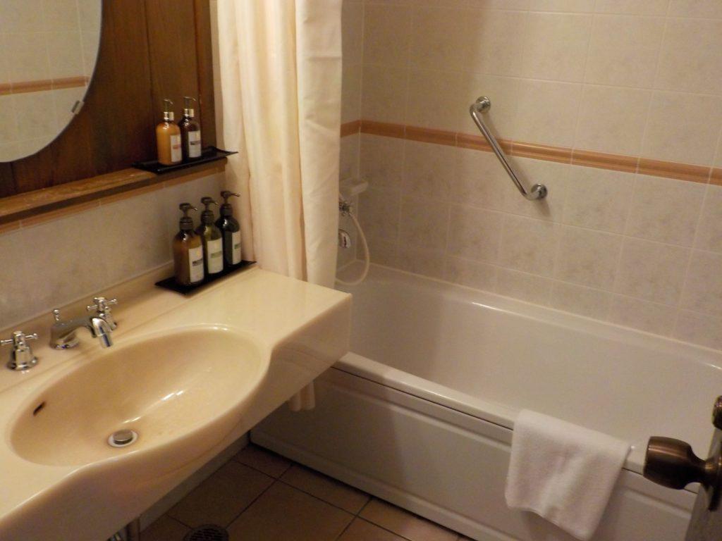クラブメッド石垣島の部屋の浴室